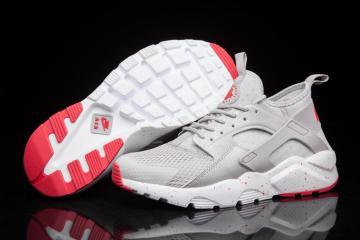 4c73009da1d Nike Air Huarache Shoes - Sepsale