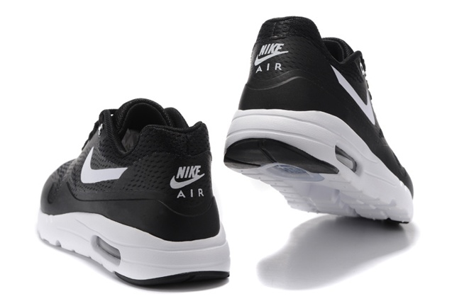 Nike Air Max 1 Ultra Essential Running Sneakers Black White Swoosh 819476 108