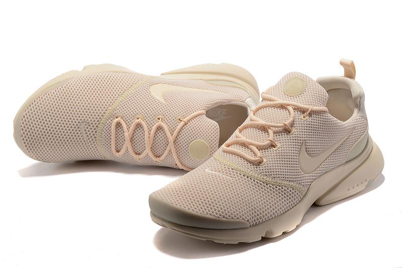 chaussure nike presto fly femme